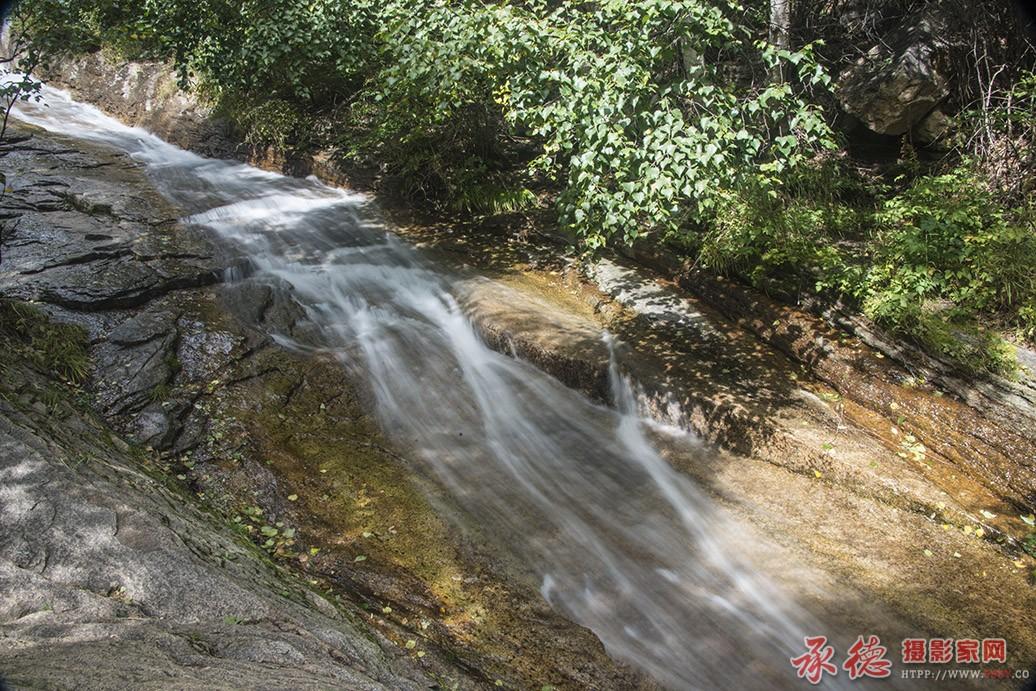 壁纸 风景 旅游 瀑布 山水 桌面 1036_691