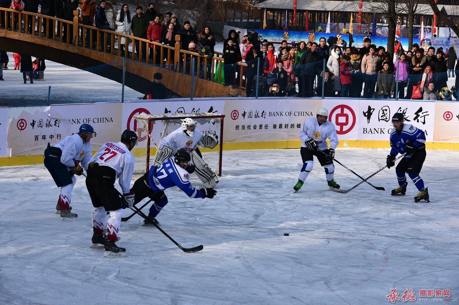 85、冰球赛(中国--加拿大)-天天锻炼