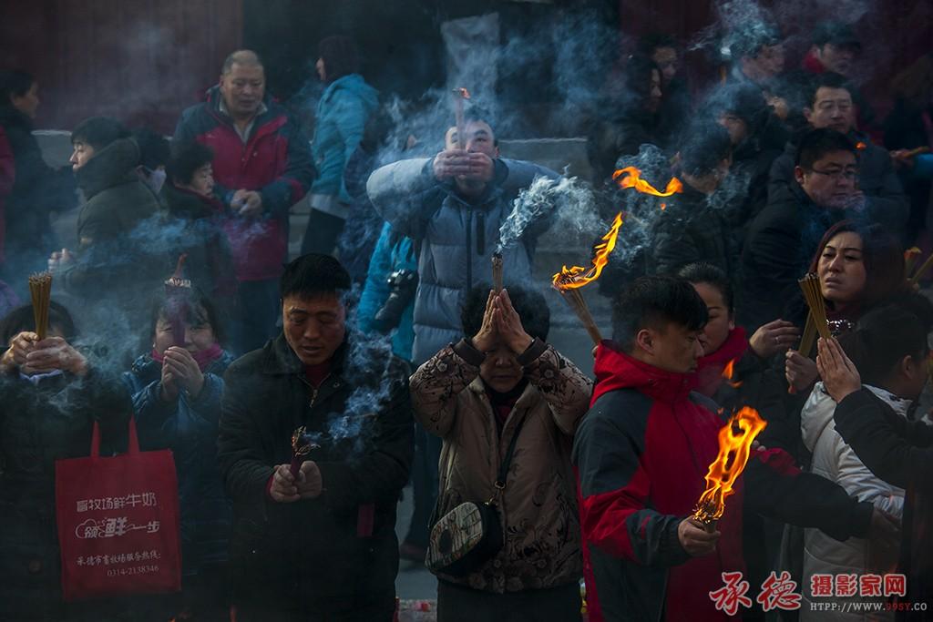 97、上香-燕山人