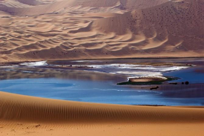 41号 《沙漠宝石蓝》.jpg