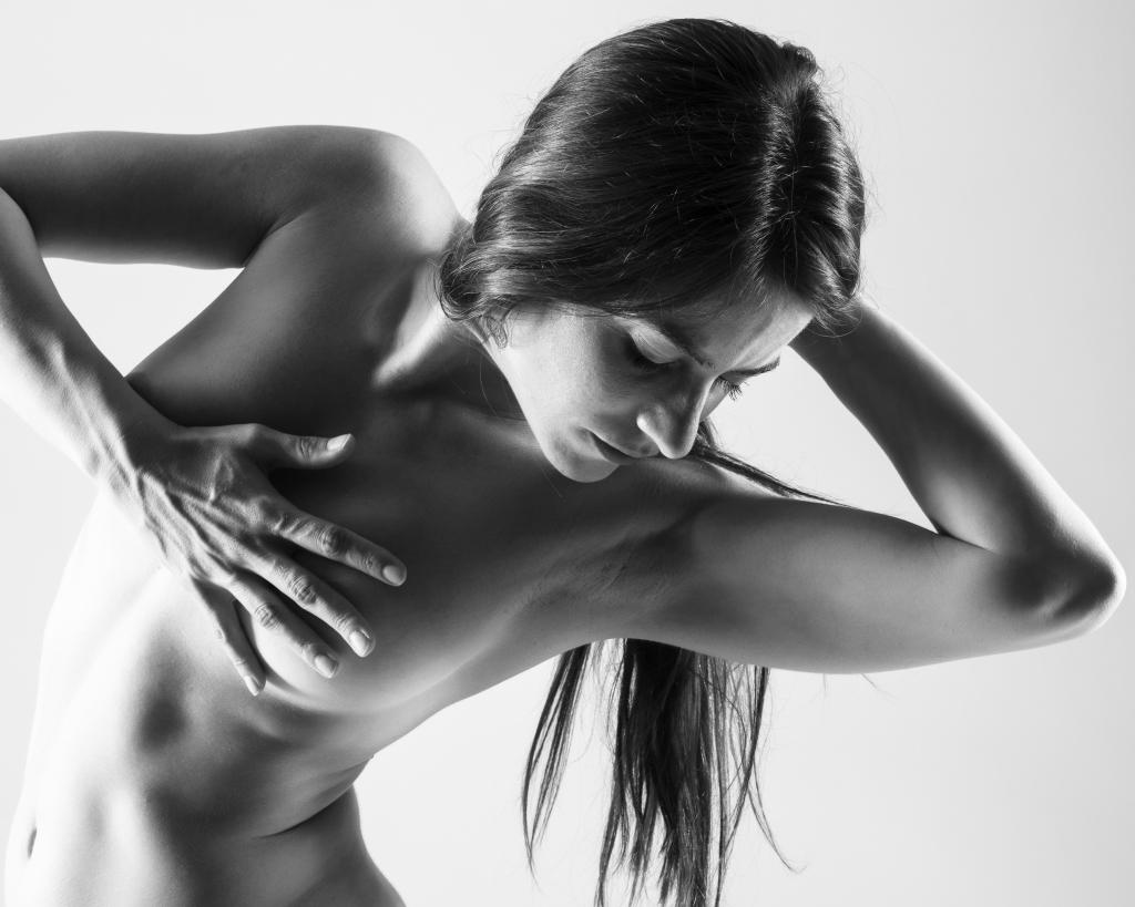 """中国第17届国际摄影艺术展览拟入展作品公示之主题类(组)Carlo Toiti""""Body Language""""Italy"""