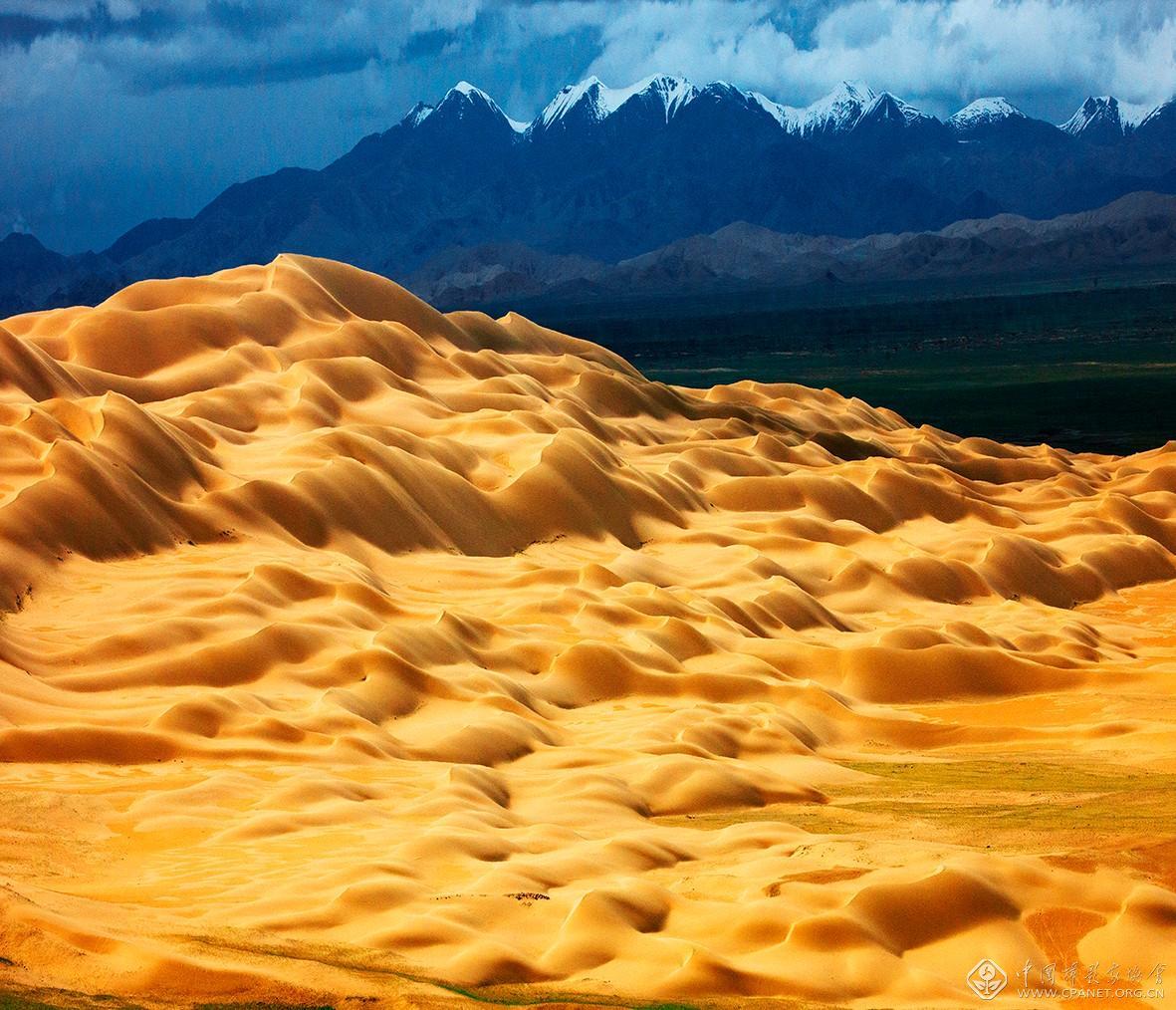 阿尔金山库木库里沙漠 摄影:李学亮_H8R2882-60乘以51.5.jpg