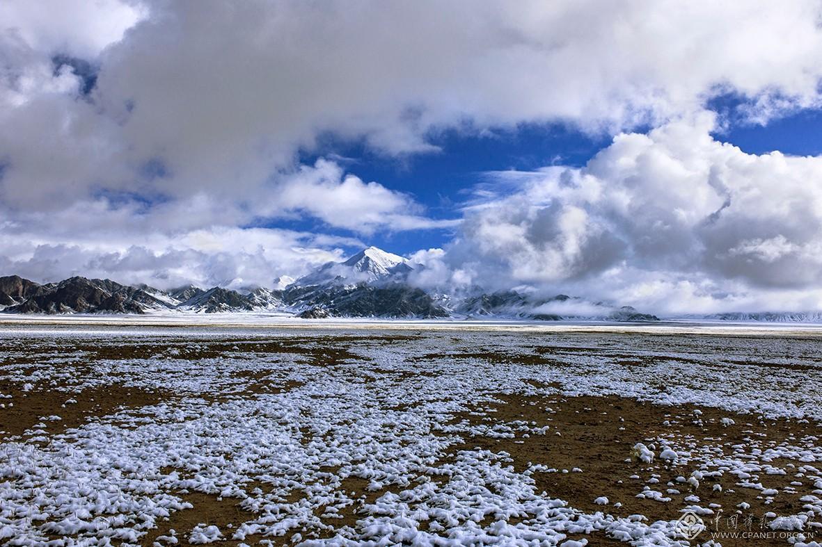 阿尔金高原冬季的祁漫塔格山  摄影:马立新 DSC_3524-180乘以120.jpg